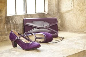 T-bar Michelle in plum with matching Bryanna clutch.