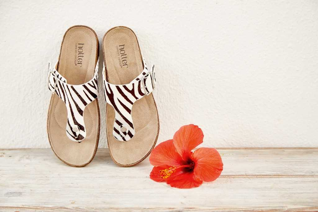 Women's toe-post summer sandals Resort in Zebra Print