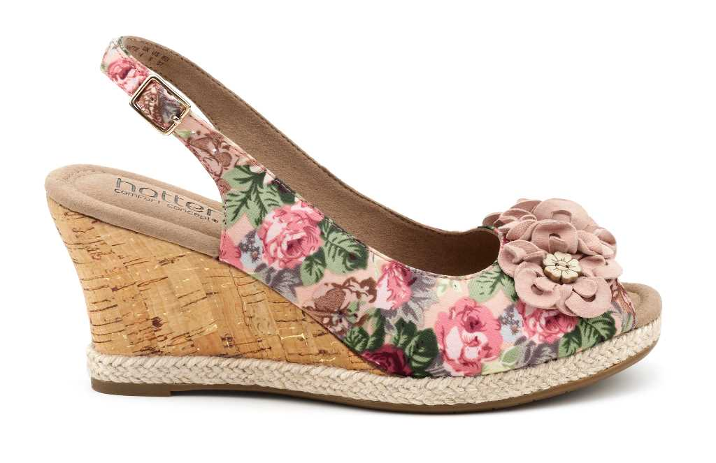 In four pretty shades women's comfortable wedge Hattie looks stylish.