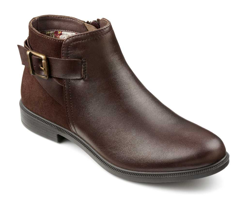 Women's boot Hampton in Chocolate with buckle detailing