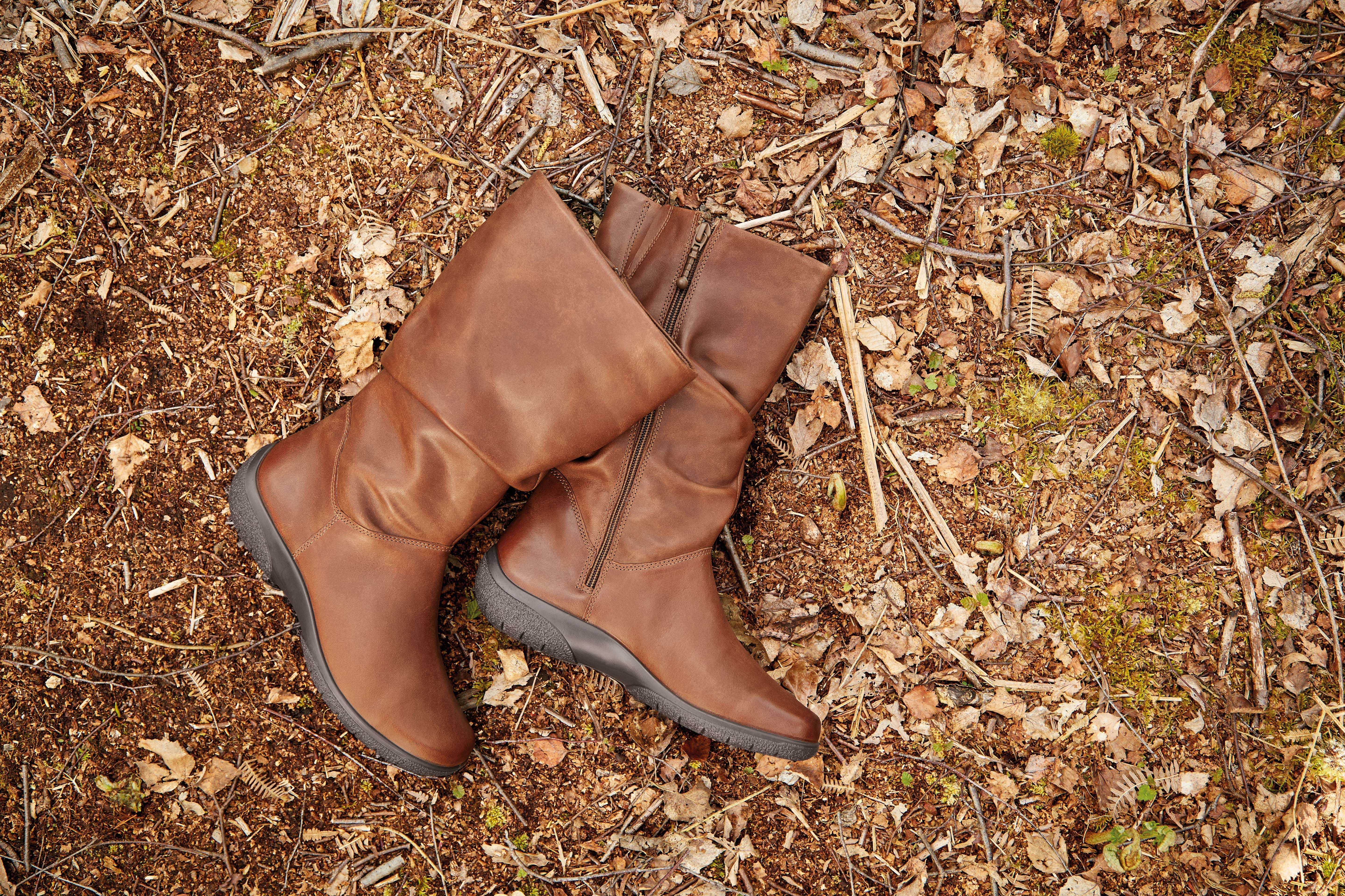 Comfortable, stylish, women's Winter boot Mystery in Tan