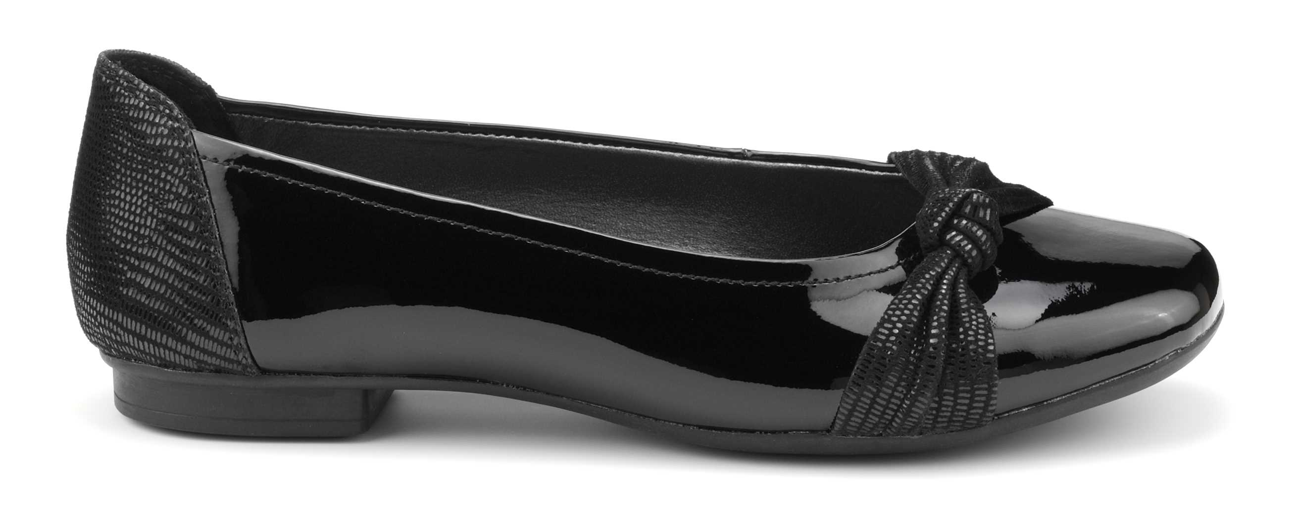 Women's black patent shoe Sylvie